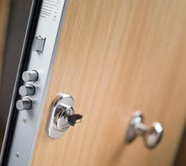 puerta-acorazada-seguridad